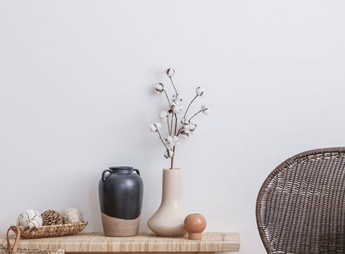What are the benefits of using neutral paint colours?